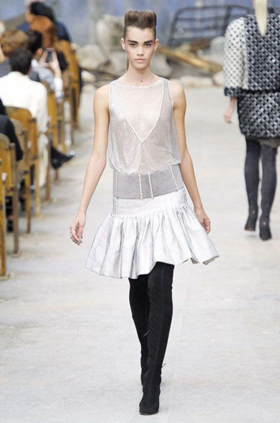 Le défilé Chanel Haute Couture automne-hiver 2013-2014 à Paris