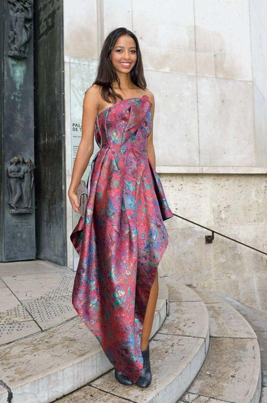 Miss France 2014, Flora Coquerel au défilé Leonard, le 29 septembre 2014 à Paris
