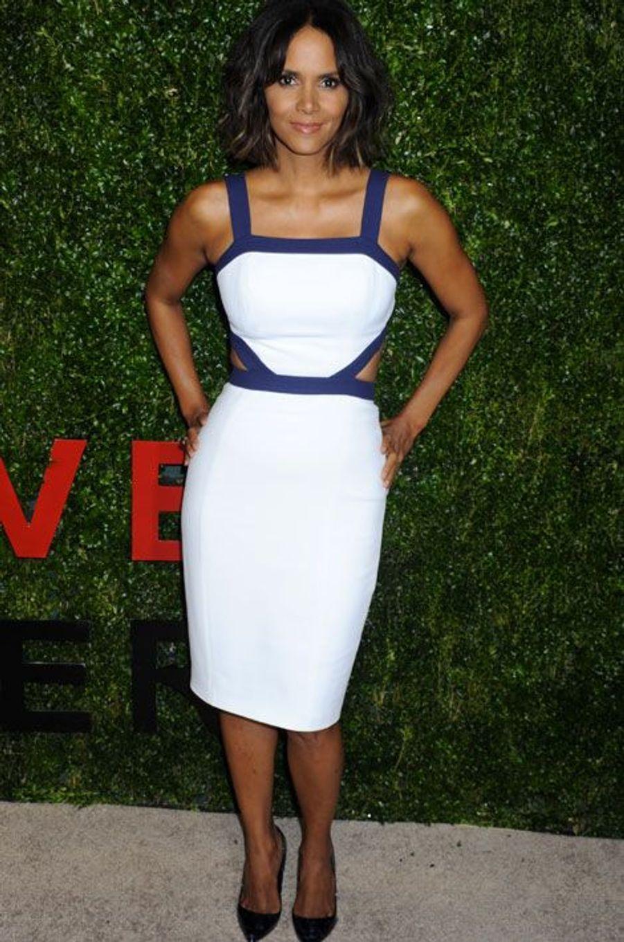Halle Berry lors d'une soirée caritative à New York, le 16 octobre 2014