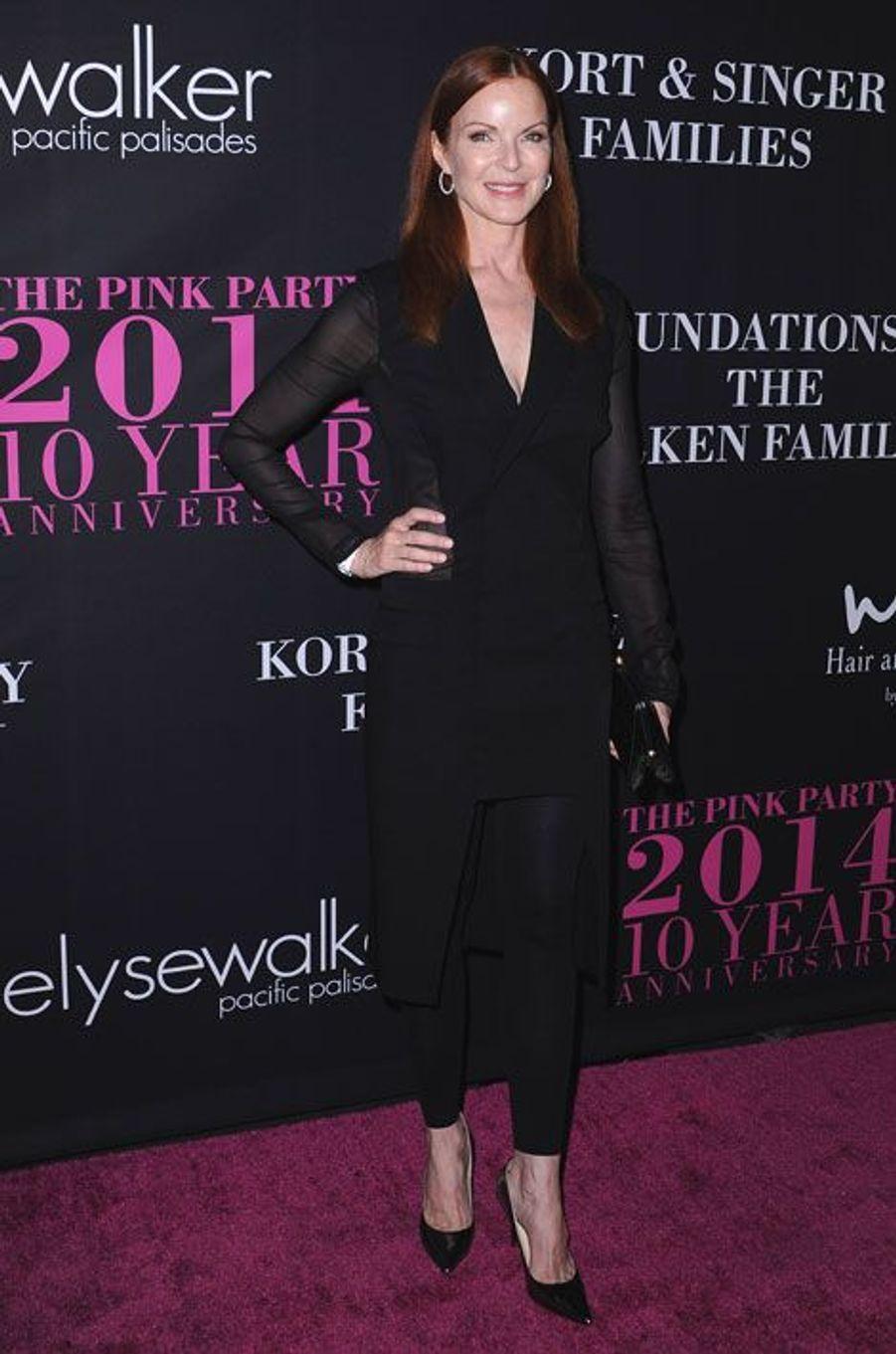 """L'actrice de la série """"Desperate Housewives"""", Marcia Cross lors d'une soirée contre le cancer du sein à Santa Monica, le 18 septembre 2014"""