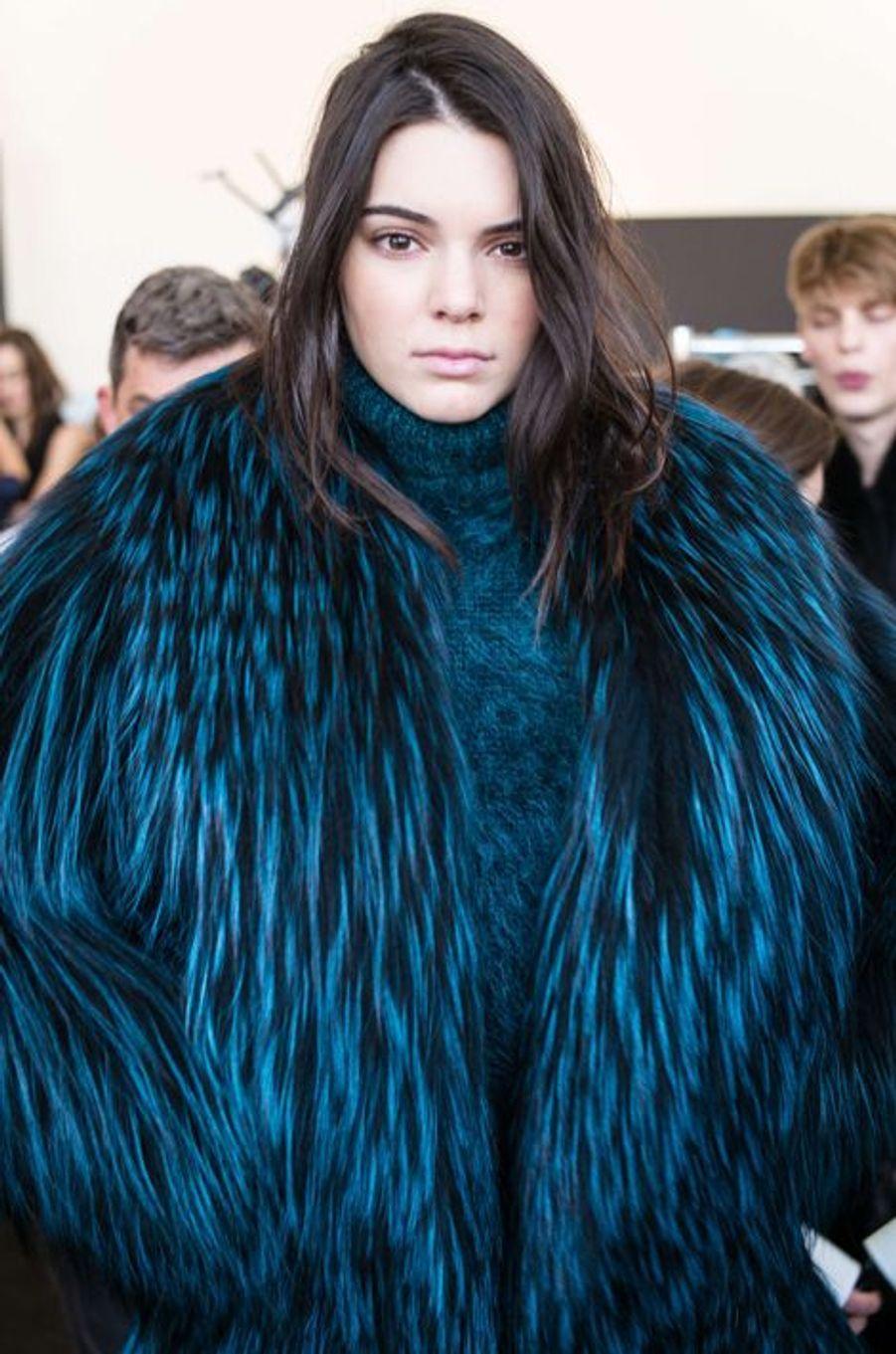 La fille de Bruce et Kris Jenner a signé des débuts prometteurs lors de la Fashion Week de New York, en 2014. Après avoir défilé pour Marc Jacobs, Balenciaga et Diane Von Furstenberg, Kendall est également devenue l'une des égéries branchées de la maison Chanel.