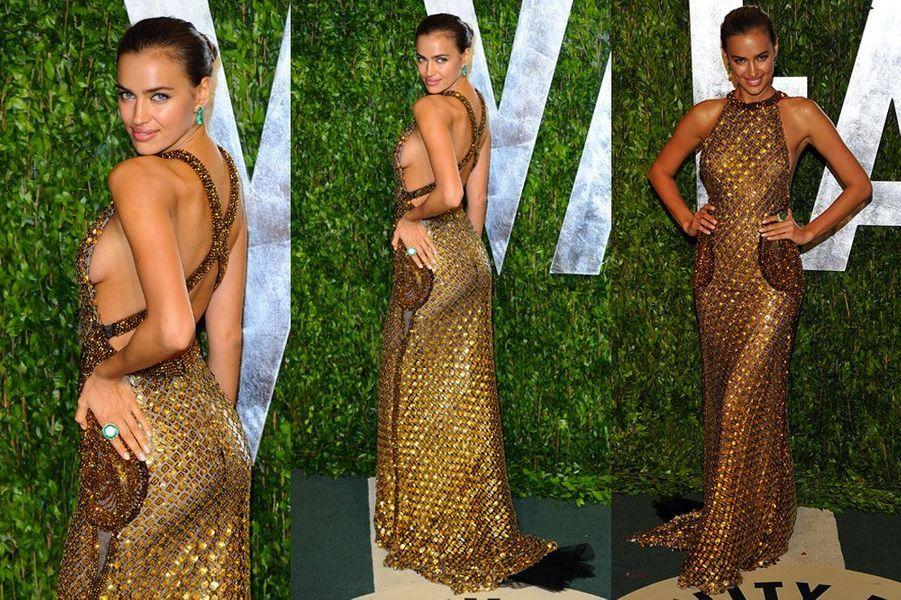 Dans une robe sexy side boob Abed Mahfouz, lors de la soirée Vanity Fair après les Oscars 2012
