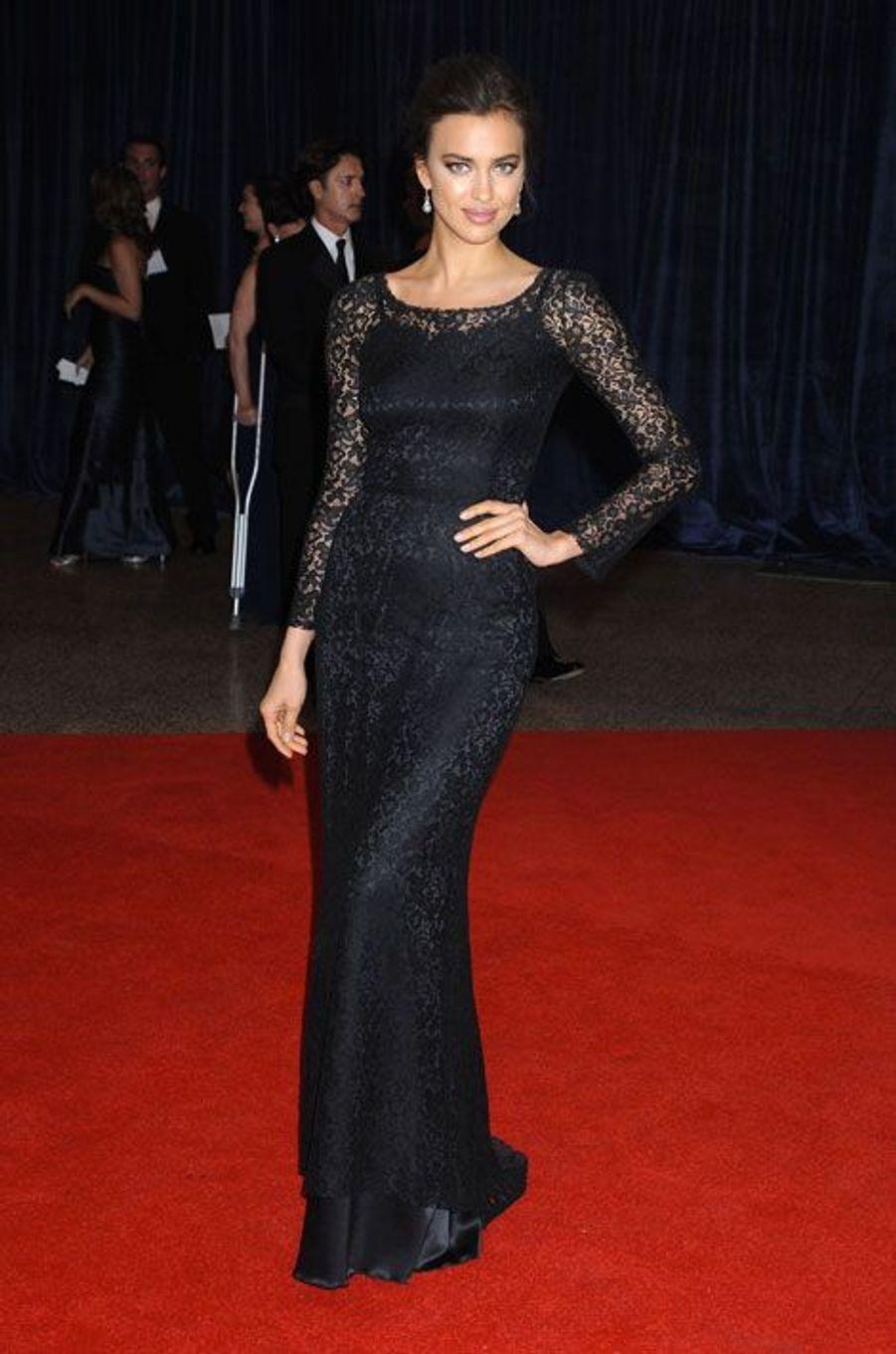 En Dolce & Gabbana pour la soirée des correspondants à la Maison Blanche, le 27 avril 2013