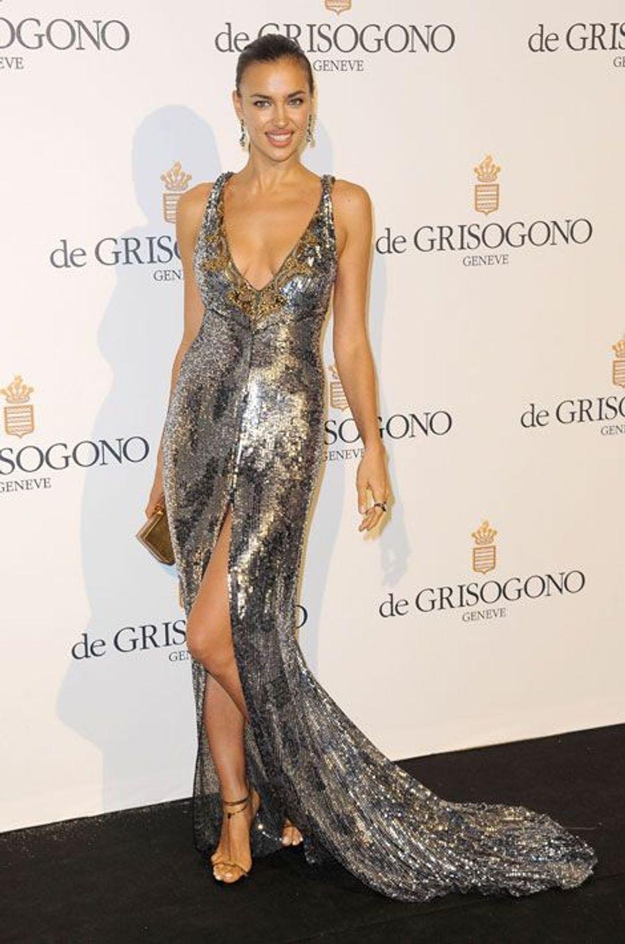 En Emilio Pucci lors d'une soirée organisée par le joaillier De Grisogono à Cannes, le 23 mai 2012