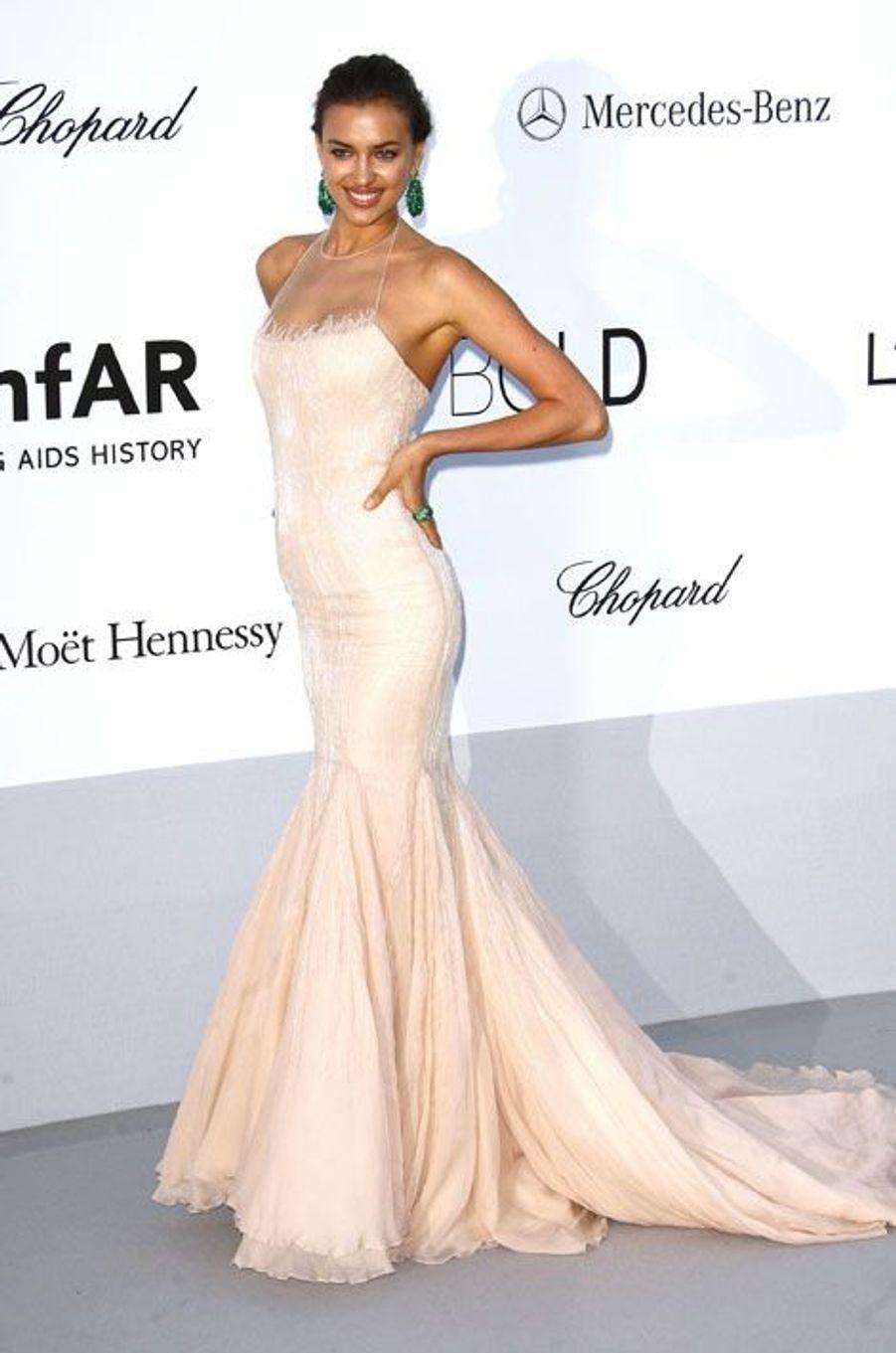 En Roberto Cavalli pour le gala de l'AmfAR à Cannes en 2012