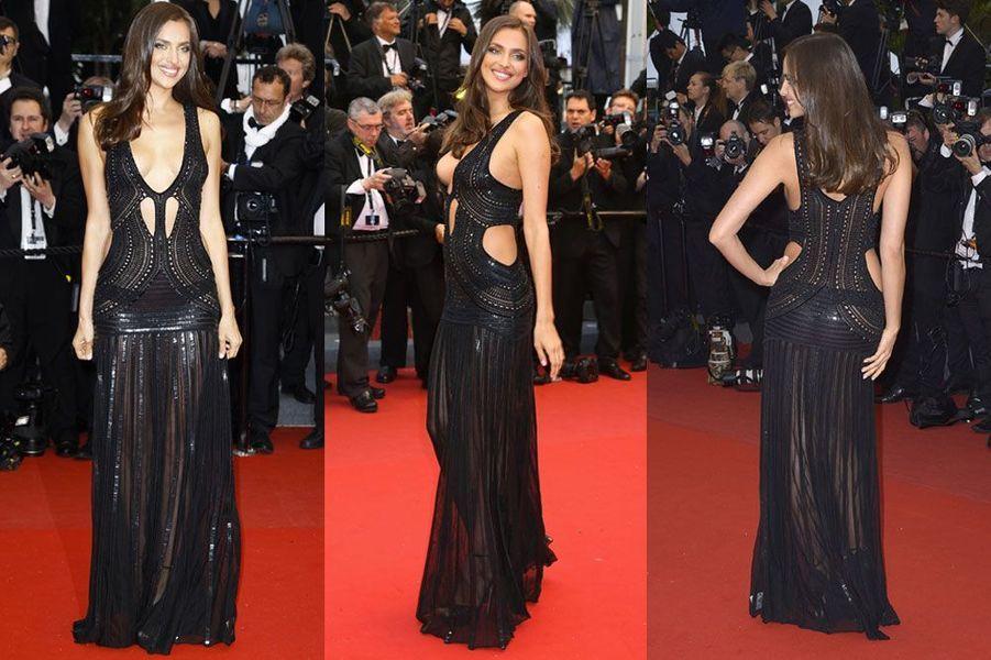 En Versace pour la soirée Vanity Fair après les Oscars, le 2 mars 2014
