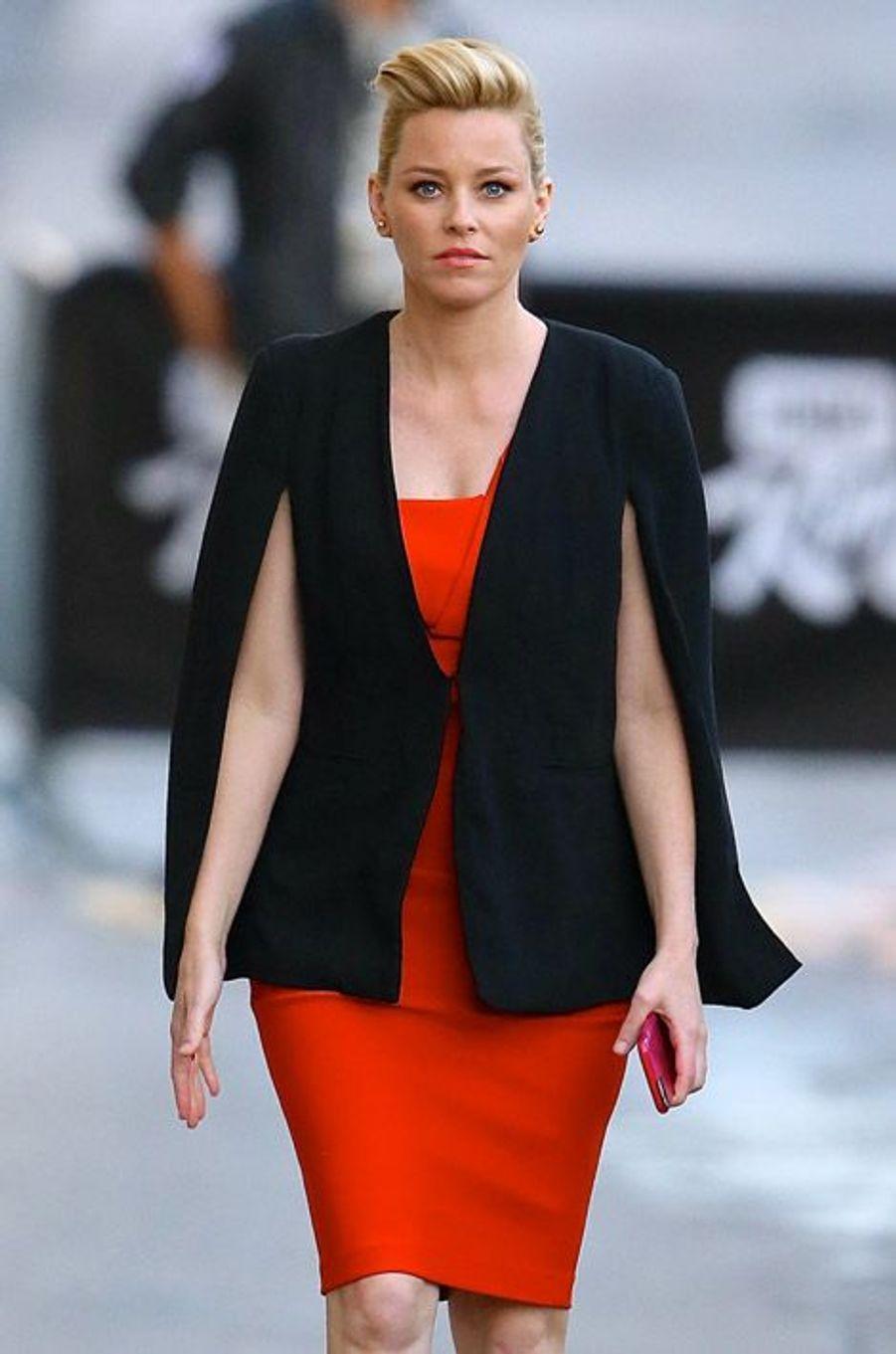L'actrice Elizabeth Banks se rend sur un plateau de télévision américain à Los Angeles, le 17 novembre 2014