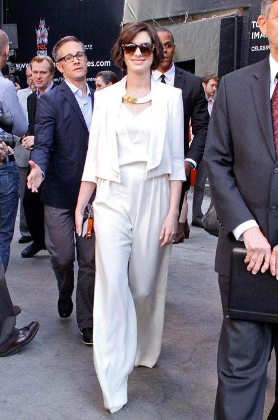 Anne Hathaway soutien Matthew McConaughey lors de l'inauguration de son étoile sur Hollywood Boulevard, le 17 novembre 2014