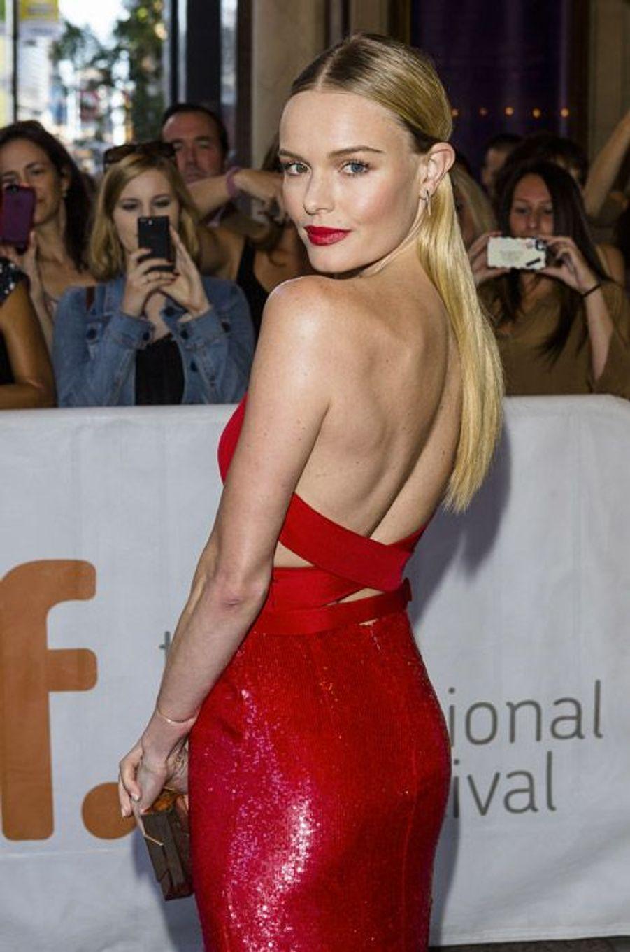 """L'actrice Kate Bosworth dans une robe Hugo Boss lors de la première du film """"Still Alice"""" à Toronto, le 8 septembre 2014"""