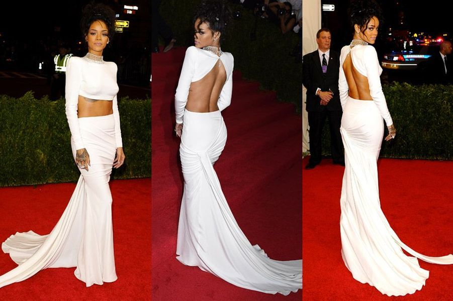 La chanteuse Rihanna en Stella McCartney, assiste au gala du Met à New York, le 5 mai 2014