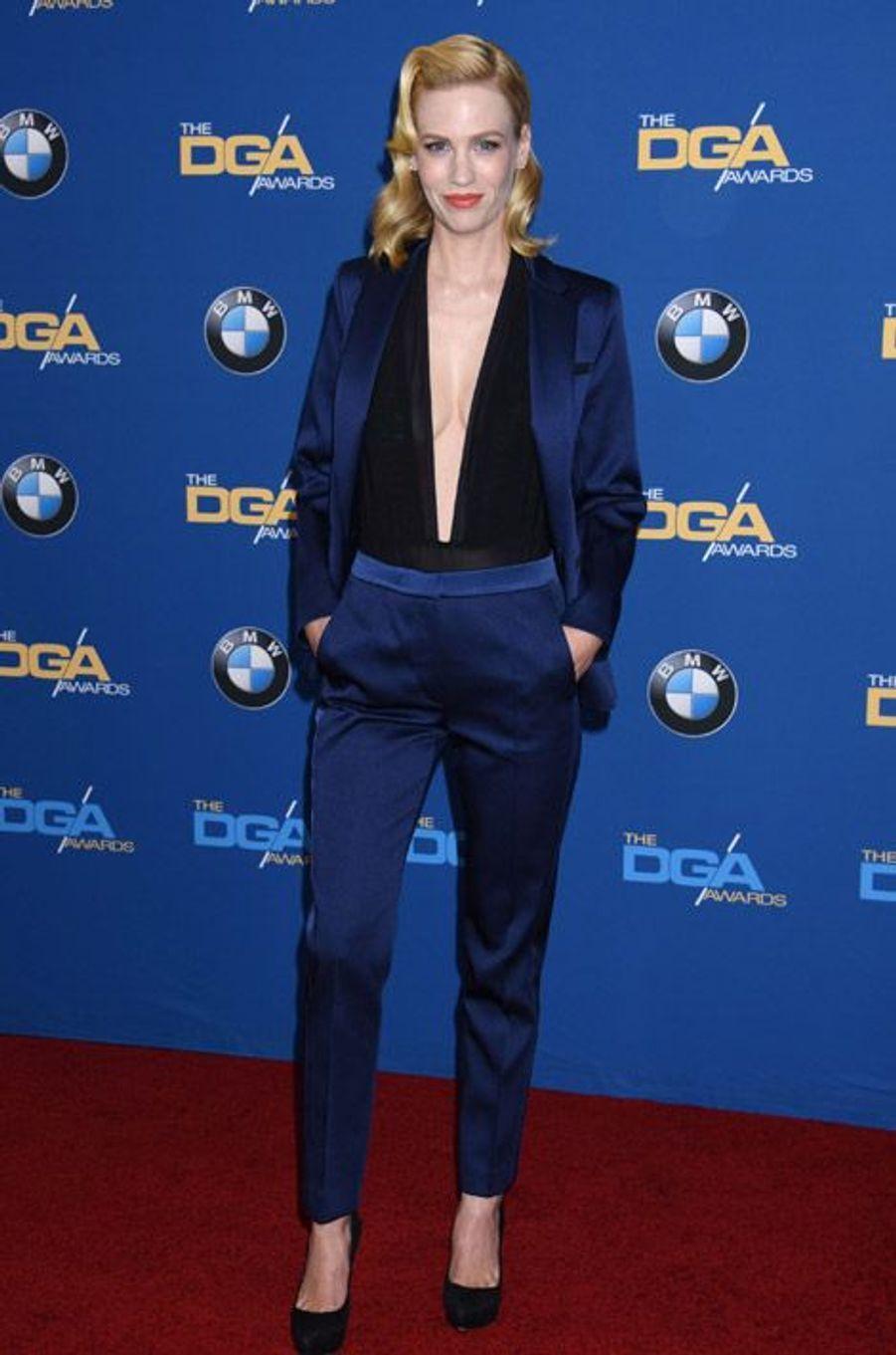 L'actrice January Jones en Sandro lors des DGA Awards à Los Angeles, le 7 février 2015