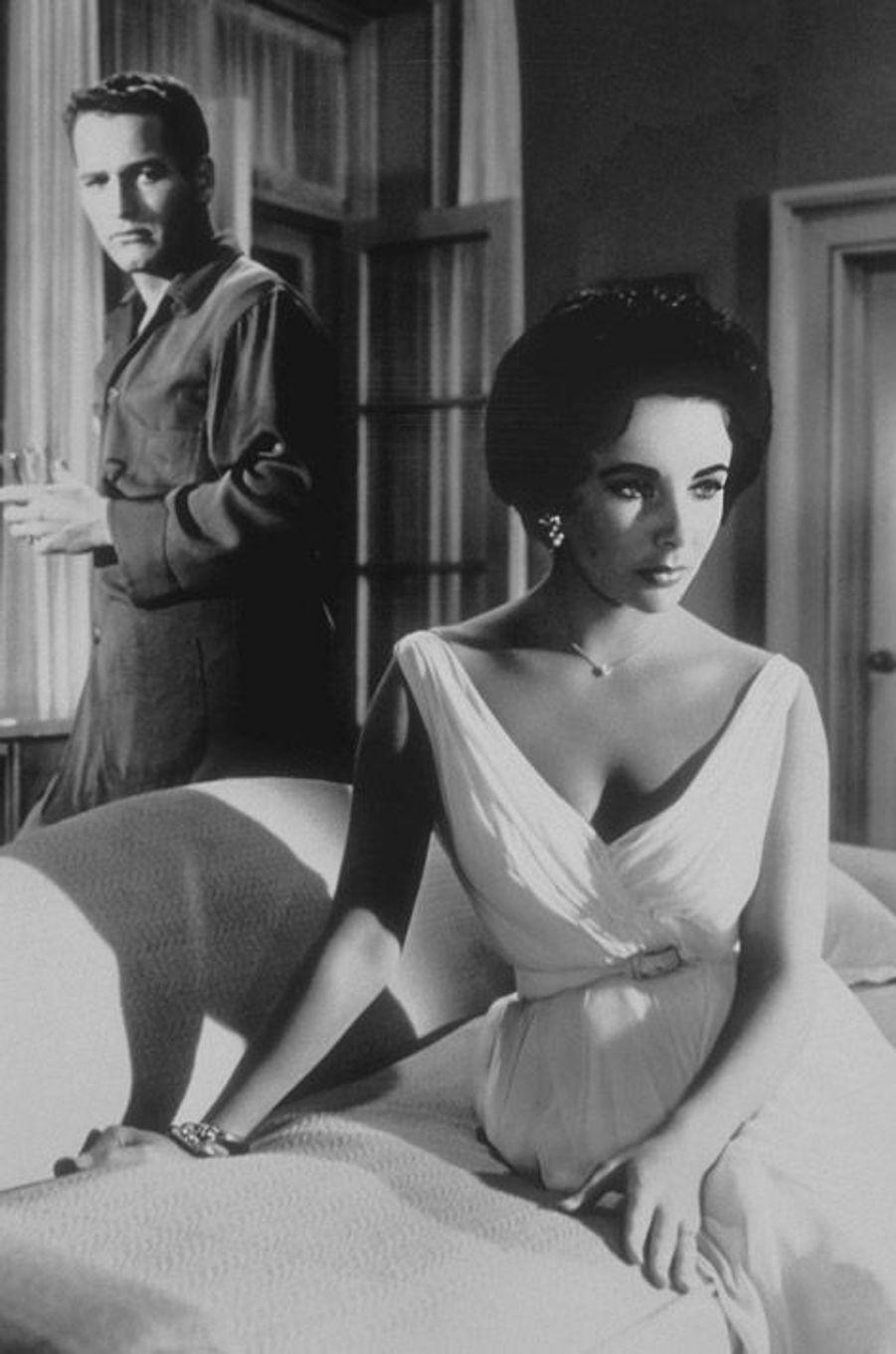 Elizabeth Taylor dans le film La Chatte sur un toit brûlant (1958)