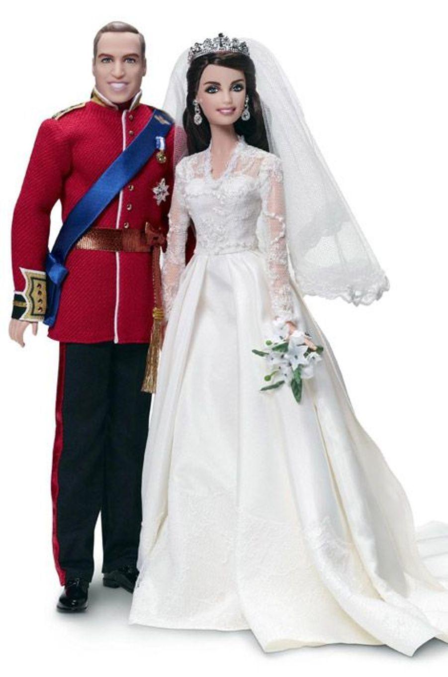 Les poupées à l'effigie de Kate Middleton et du prince Wiliam le jour de leur mariage, le 29 avril 2011