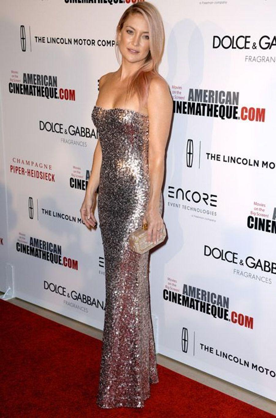 L'actrice Kate Hudson, 34 ans, dans une robe Jenny Packham lors des American Cinematheque Award en l'honneur de Matthew McConaughey