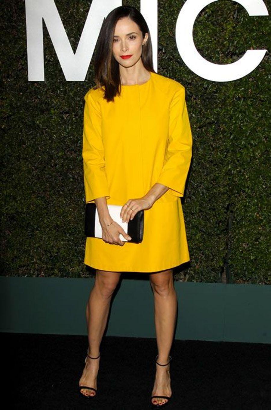 L'actrice américaine Abigail Spencer lors de la soirée Michael Kors à Beverly Hills, le 2 octobre 2014