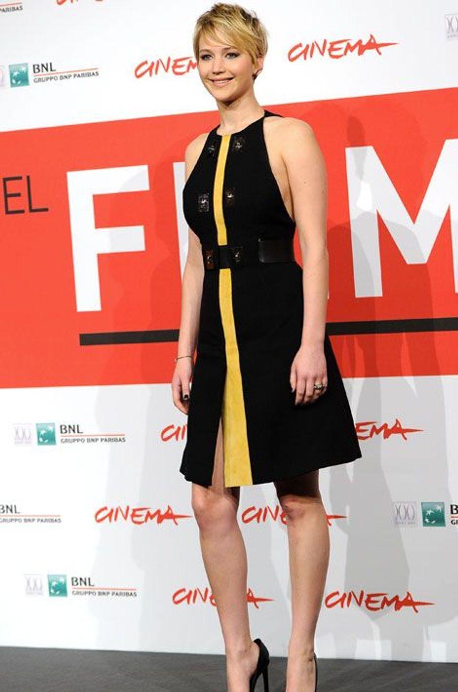 """L'actrice Jennifer Lawrence lors du photocall ddu film """"Hunger Games"""", à Rome, le 14 novembre 2013"""