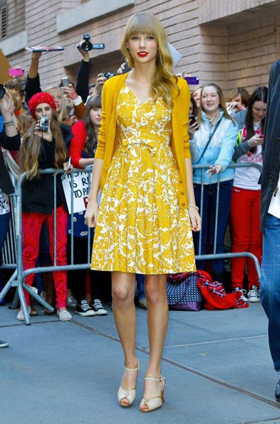 La chanteuse américaine Taylor Swift devant les studios ABC à New York, en 2013