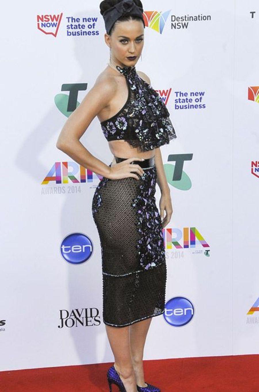 La chanteuse Katy Perry en Jamie Lee lors de la cérémonie des ARIA Awards à Sydney, le 26 novembre 2014