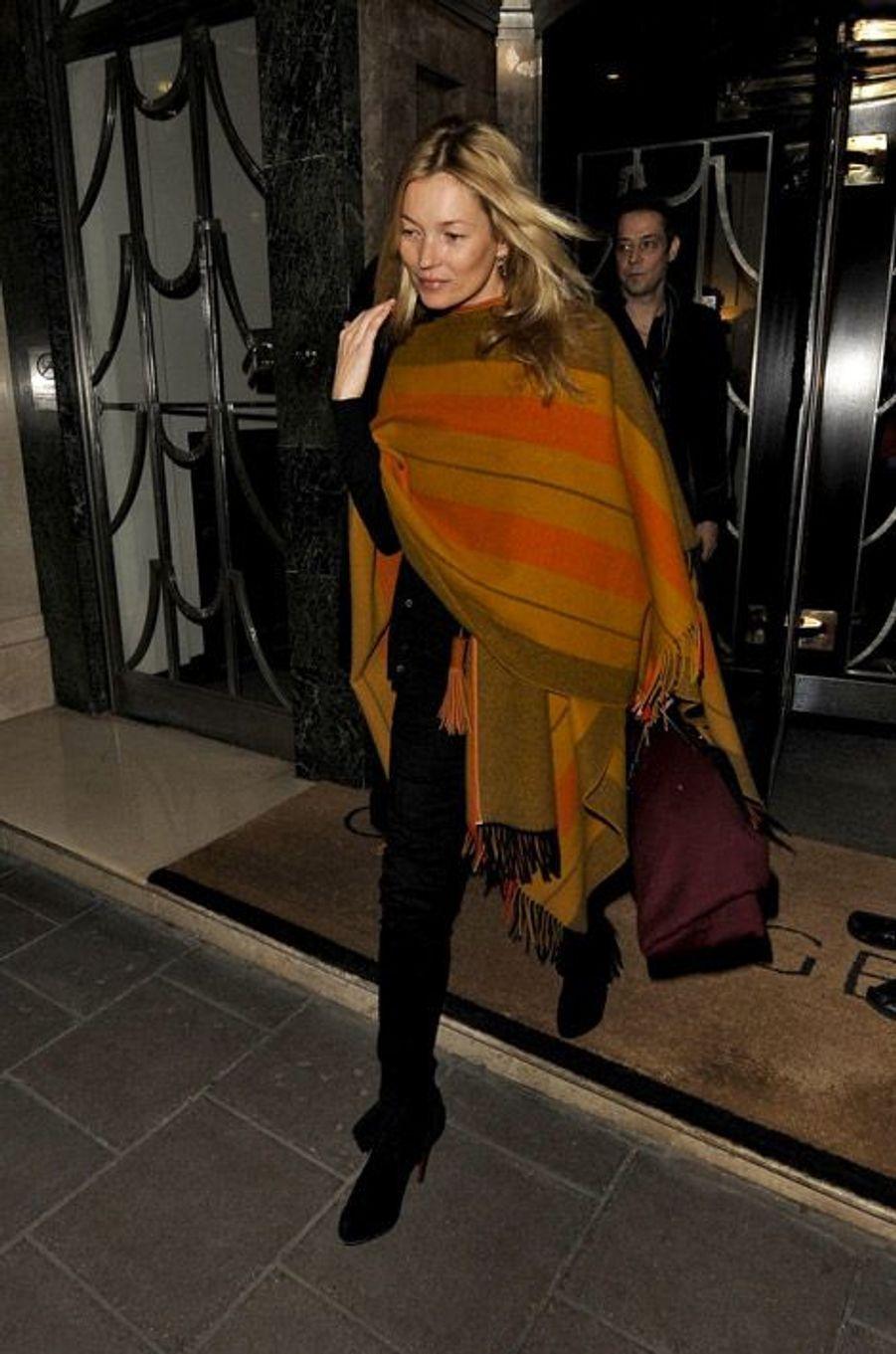 Le top-modèle Kate Moss à Londres, le 13 mars 2012