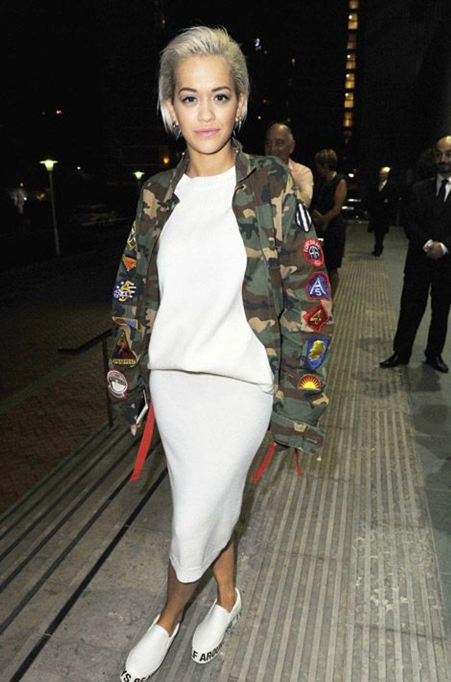 La chanteuse Rita Ora à Manchester, le 3 octobre 2014