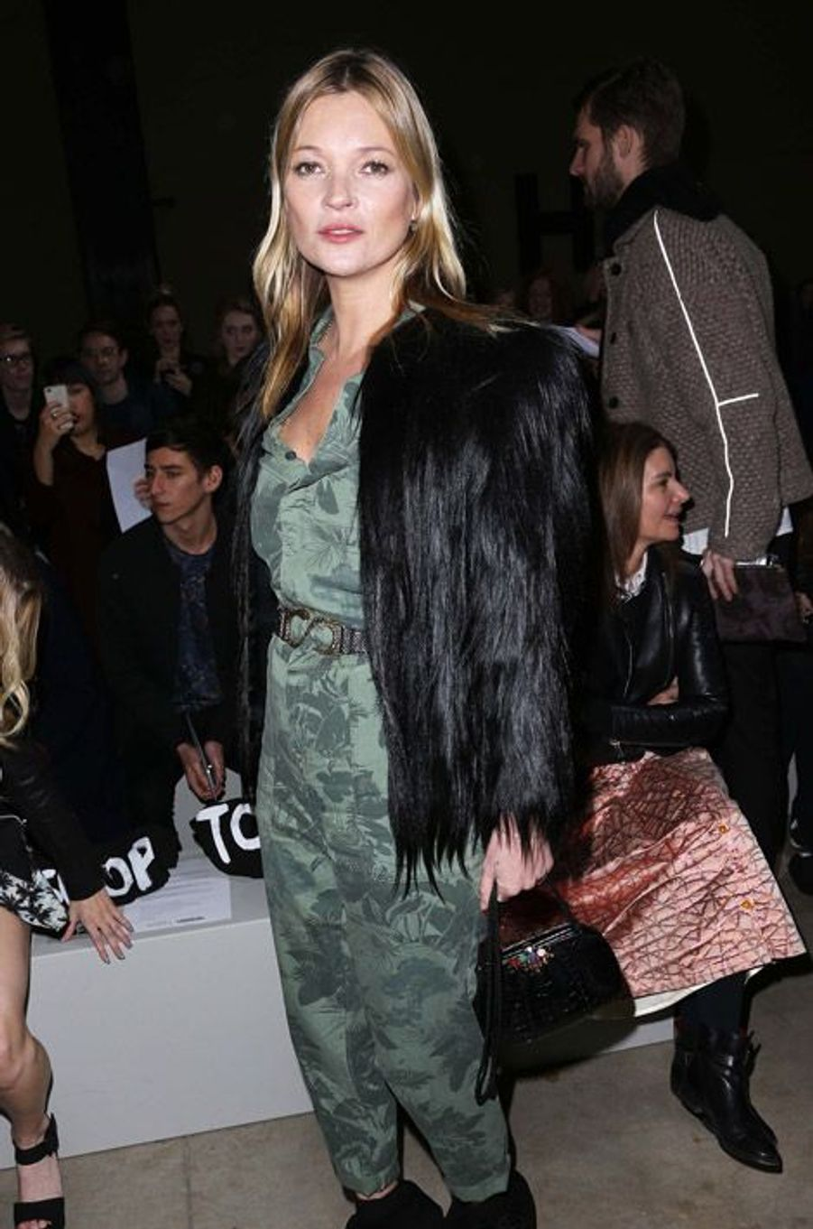 Le top-modèle Kate Moss au défilé Topshop à Londres, le 16 février 2014