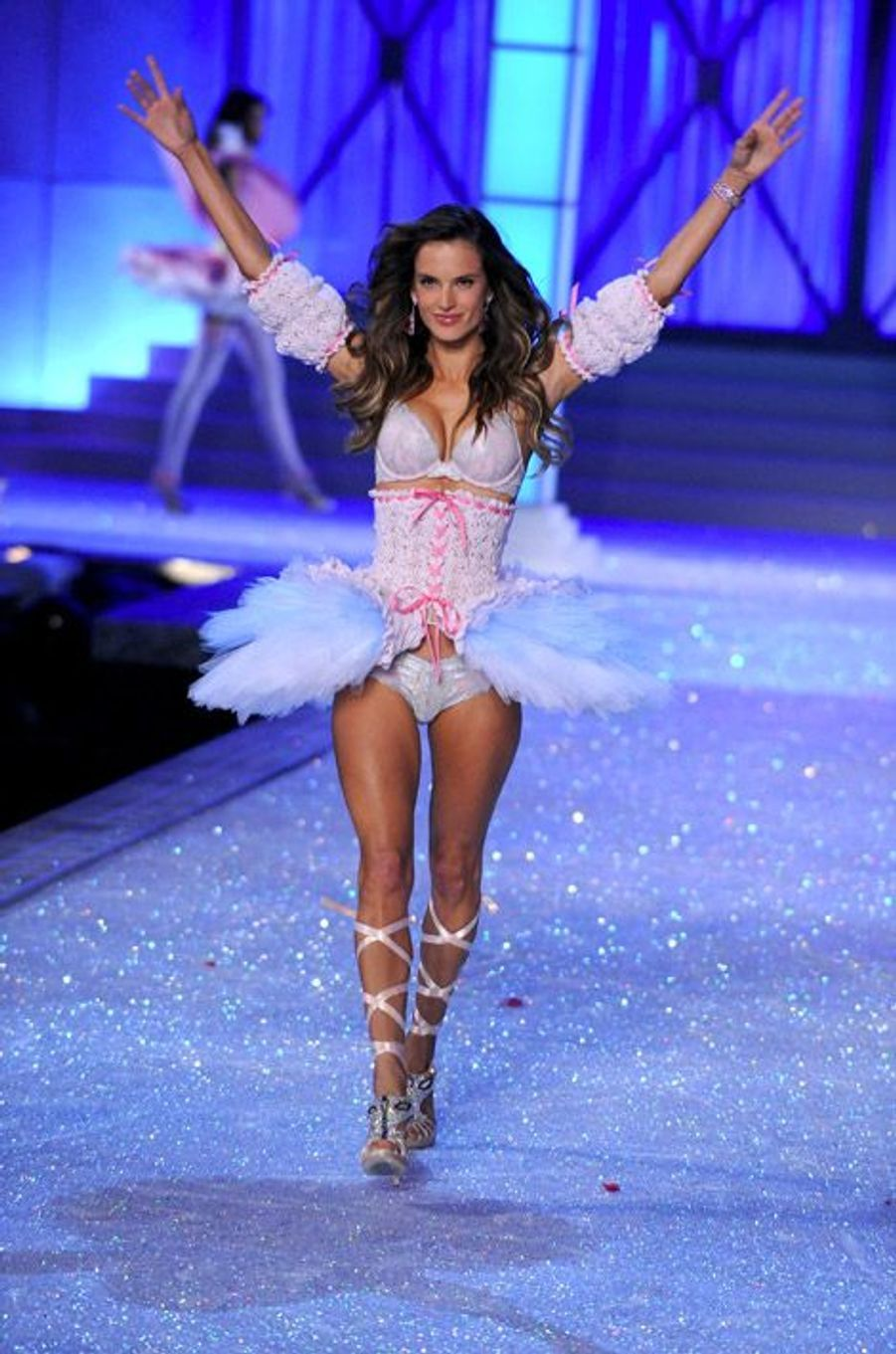Le corset dans les défilés Victoria's Secret