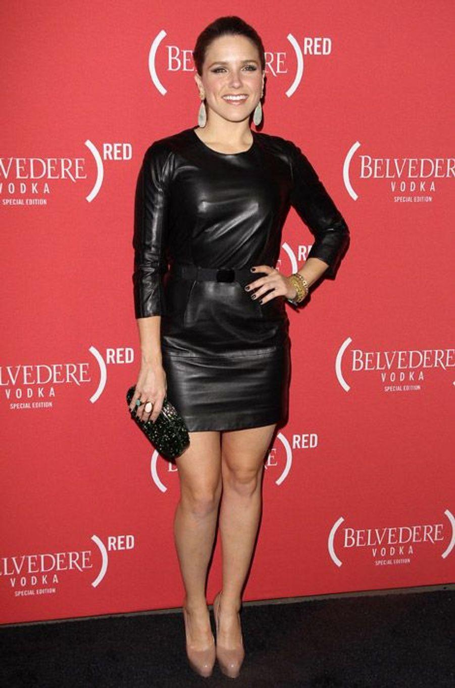 Sexy en cuir à la soirée pré-Grammy Awards en février 2012