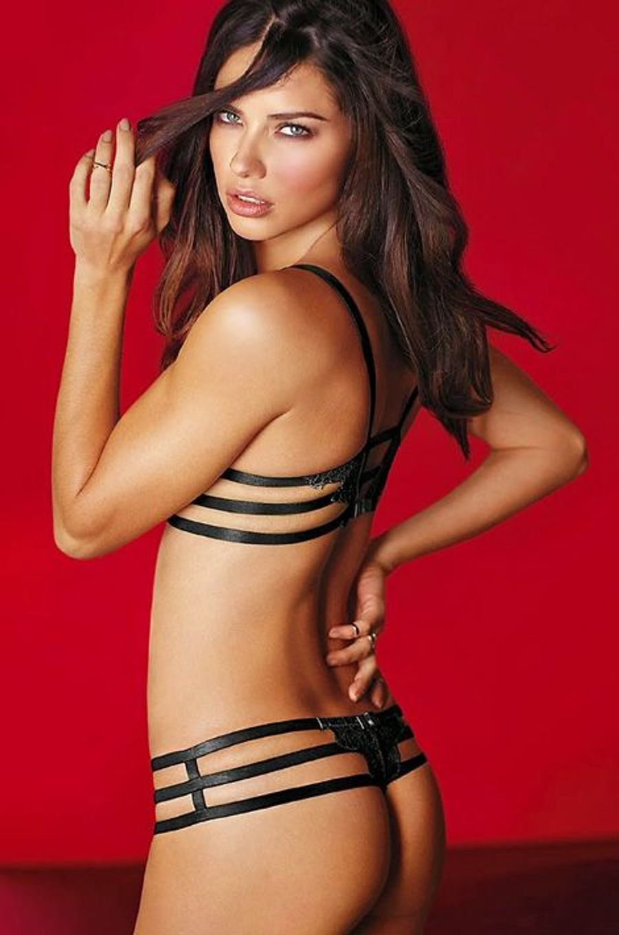 Adriana Lima (collection lingerie)