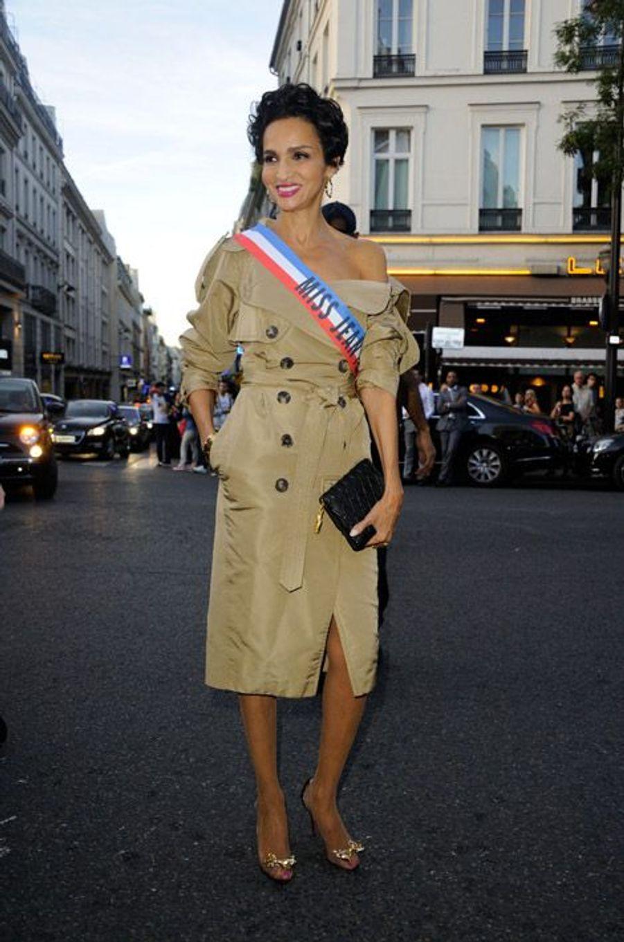 L'ancien mannequin Farida Khelfa au défilé Jean Paul Gaultier printemps-été 2015 à Paris, le 27 septembre 2014