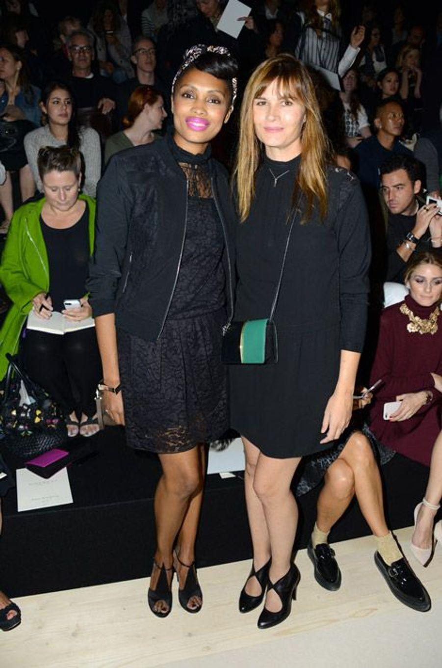 La chanteuse Imany et l'actrice Marina Hands au défilé printemps-été 2015 Nina Ricci aux Tuileries à Paris, le 25 septembre 2014