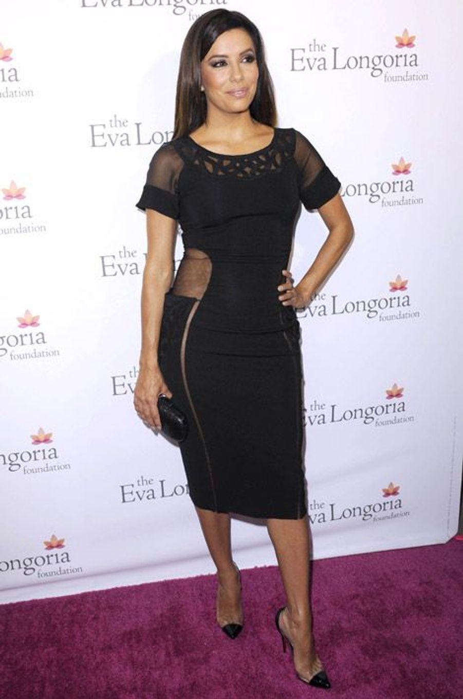 Eva Longoria en Christian Louboutin lors d'un gala de charité pour sa fondation à Los Angeles, le 10 octobre 2014