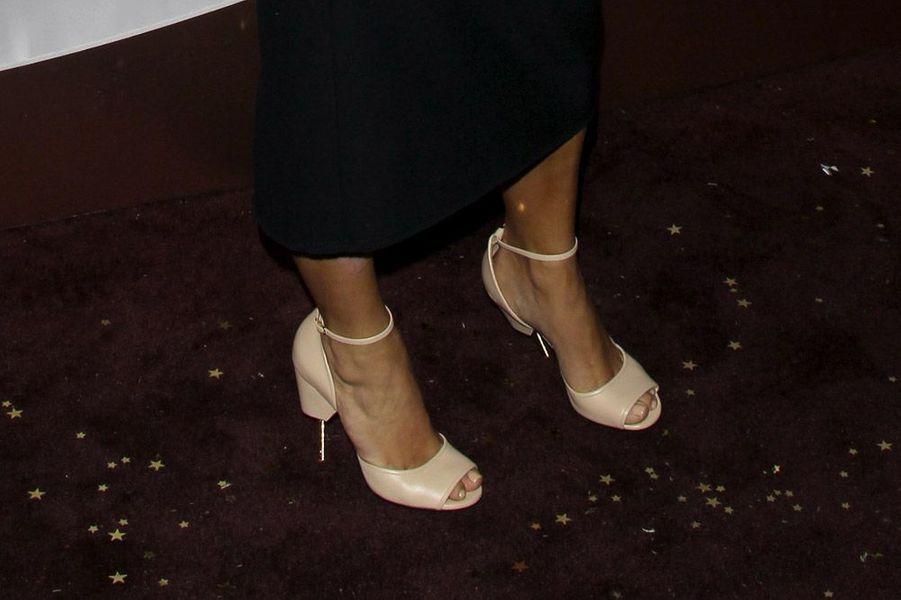 Les sandales Givenchy de la star de la téléréalité Kim Kardashian à Los Angeles, le 9 otobre 2014