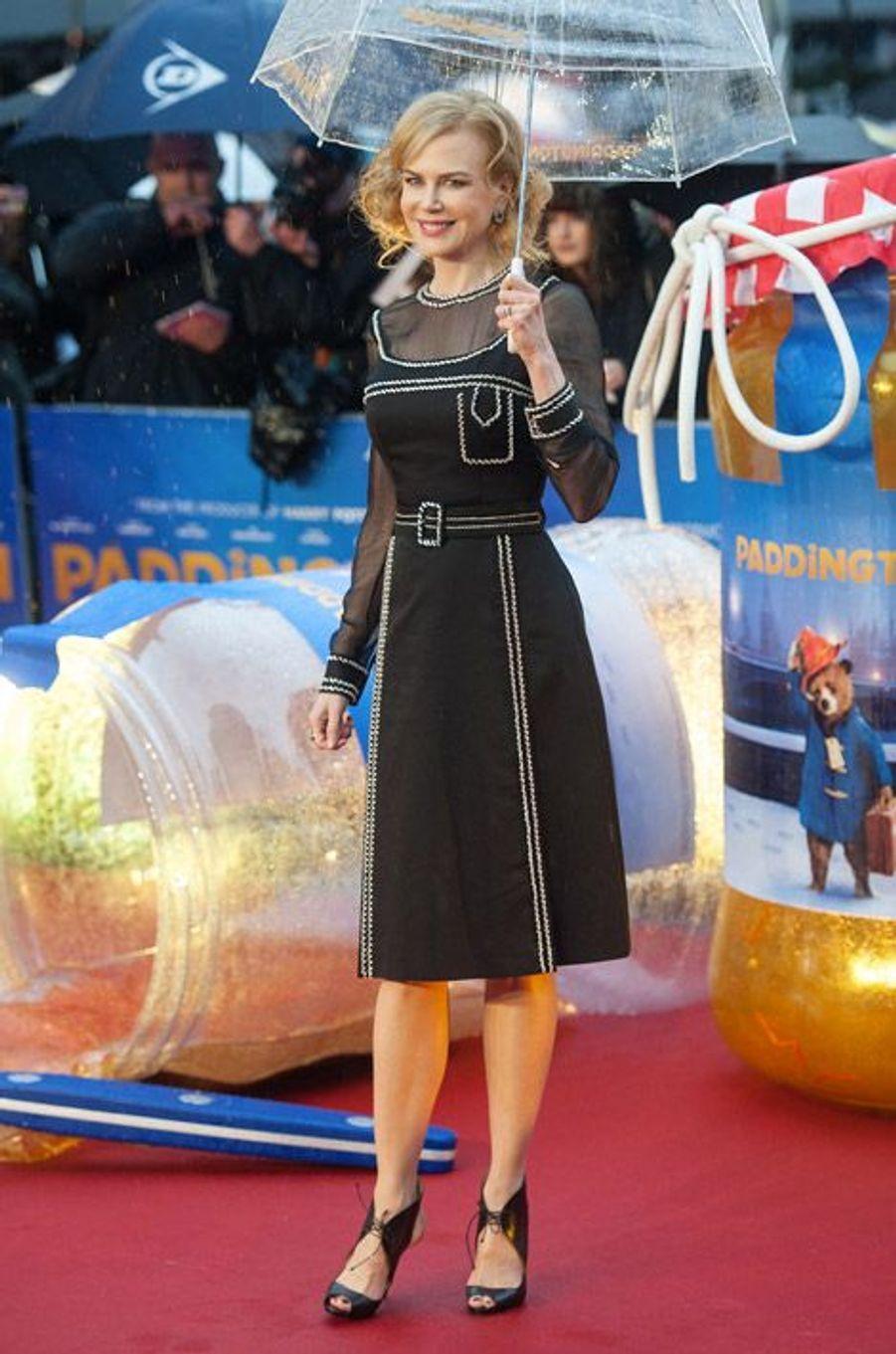 """Nicole Kidman en Christian Louboutin pour la première de """"Paddington"""" à Londres, le 23 novembre 2014"""
