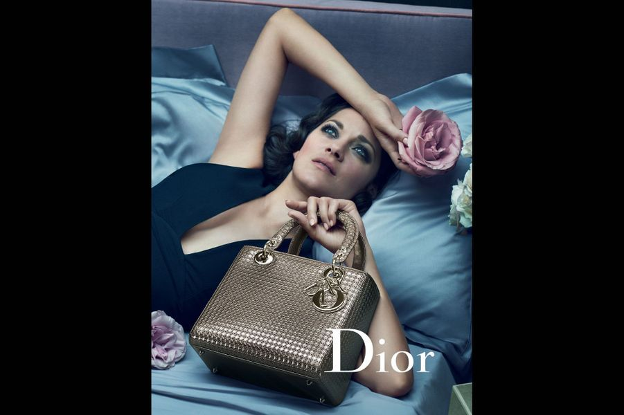 Marion Cotillard dans la nouvelle campagne publicitaire pour le sac Lady Dior