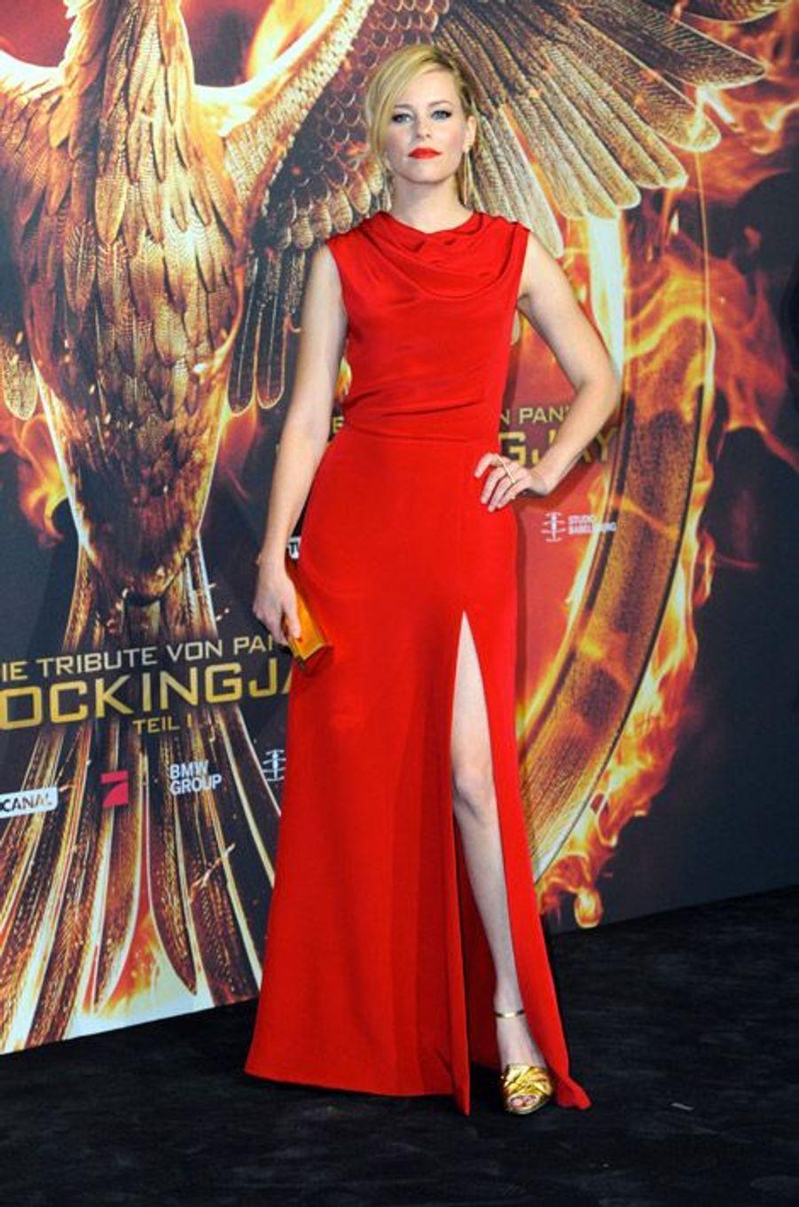 """L'actrice Elizabeth Banks à la première du film """"Hunger Games : la Révolte Partie 1"""" à Los Angeles, le 11 novembre 2014"""