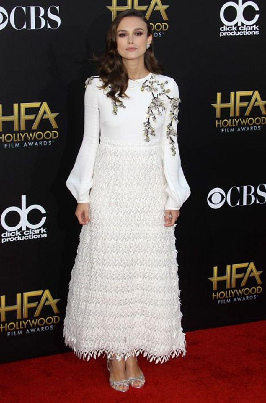 L'actrice Keira Knightley en Giambattista Valli lors de la cérémonie Hollywood film Awards, à Los Angeles le 15 novembre 2014