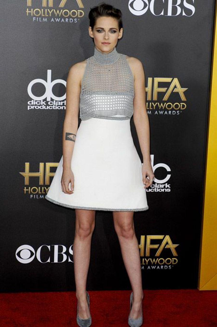 L'actrice Kristen Stewart en Chanel Couture lors de la cérémonie Hollywood film Awards, à Los Angeles le 15 novembre 2014