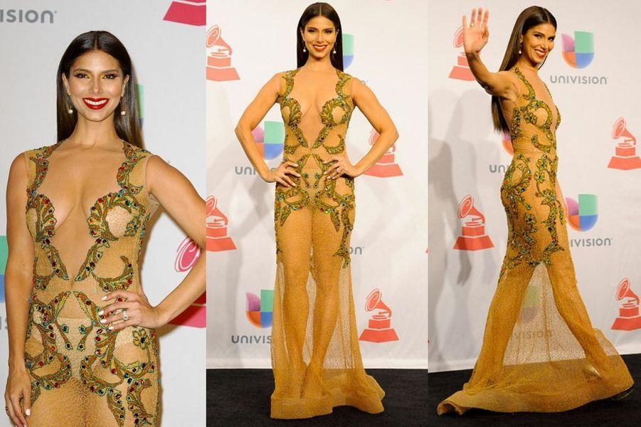 L'actrice Roselyn Sanchez à la cérémonie Latin Grammy Awards