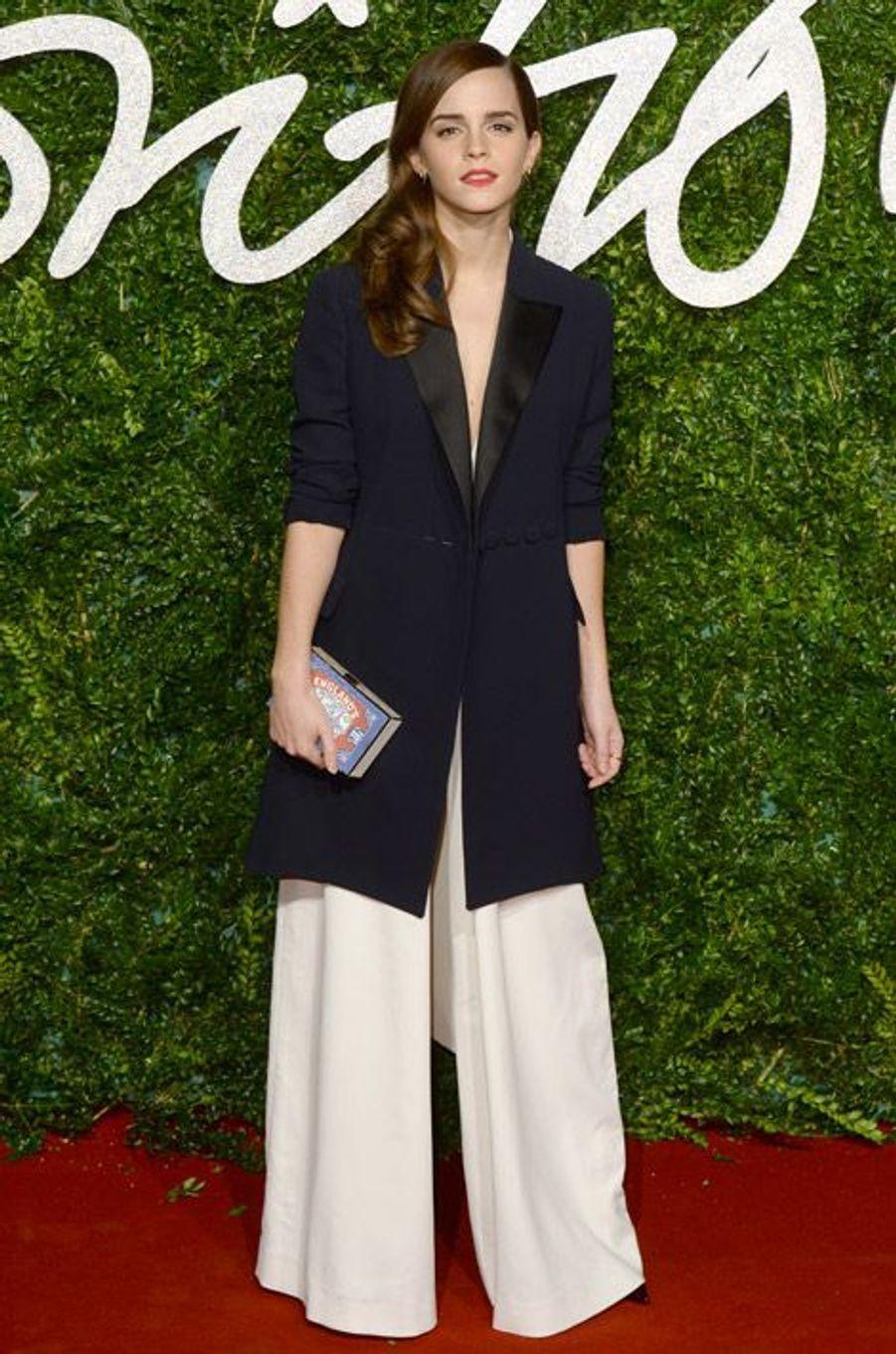 L'actrice Emma Watson à la soirée British Fashion Awards à Londres, le 1er décembre 2014