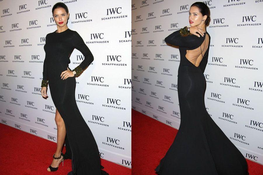 Le mannequin Adriana Lima pour le lancement d'une marque de montres à Miami, le 3 décembre 2014