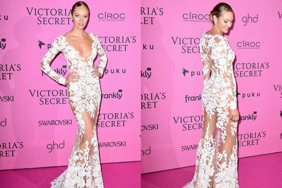Le mannequin Candice Swanapoel en Zuhair Murad à Londres le 2 décembre 2014 après le show Victoria's Secret