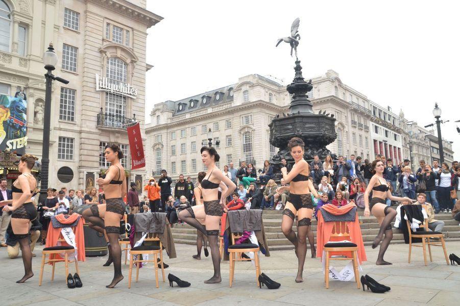 Peter Hahn crée l'événement à Londres
