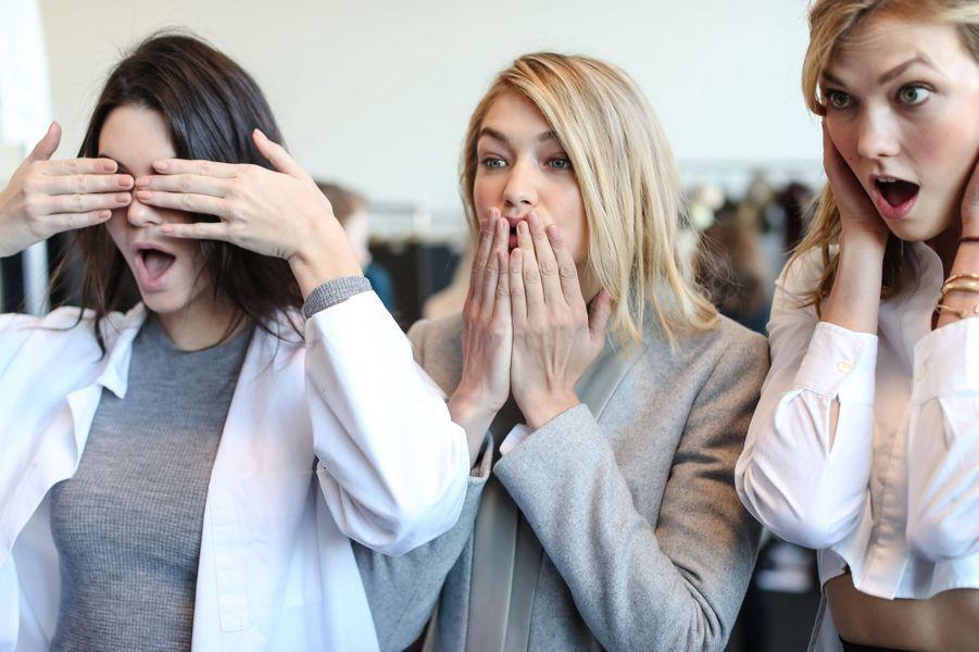 Amies à la ville comme sur les podiums, Gigi Hadid avec Kendall Jenner et Karlie Kloss