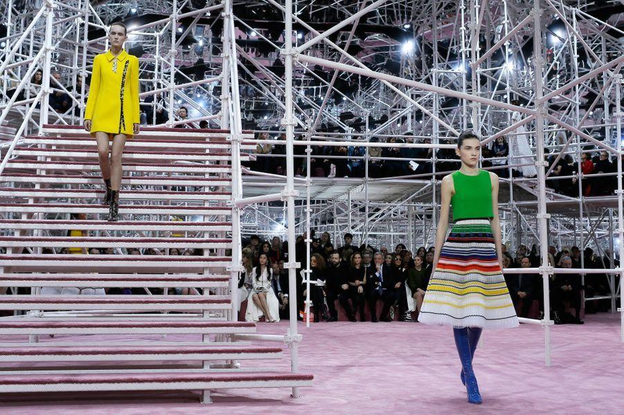 Le défilé Haute Couture printemps été 2015 de Christian Dior