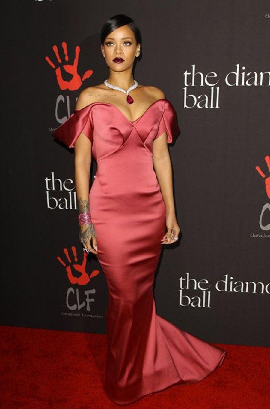 En Zac Posen pour son premier gala de charité, The Diamond Ball, à Los Angeles, le 11 décembre 2014