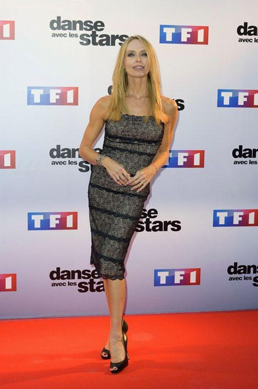 L'actrice Tonya Kinzinger lors de la conférence de presse de Danse avec les stars 5, le 10 septembre 2014 à Paris
