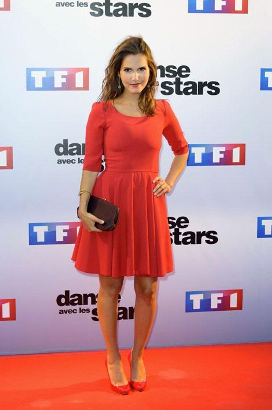 La chanteuse Joyce Jonathan lors de la conférence de presse de Danse avec les stars 5, le 10 septembre 2014 à Paris