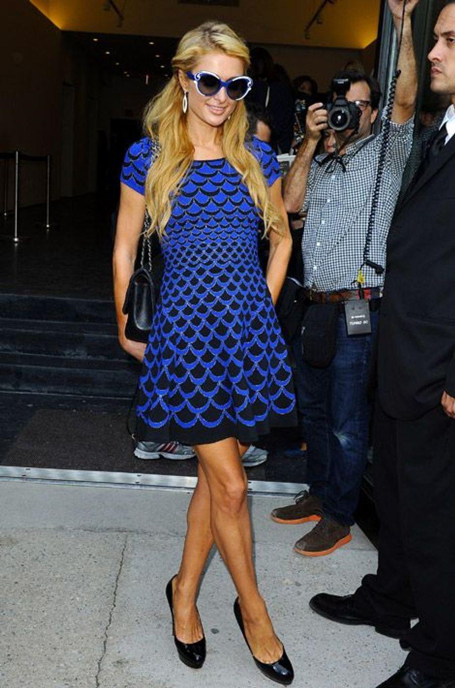 Paris Hilton arrive au défilé Diane Von Fürstenberg, le 7 septembre 2014 à New York