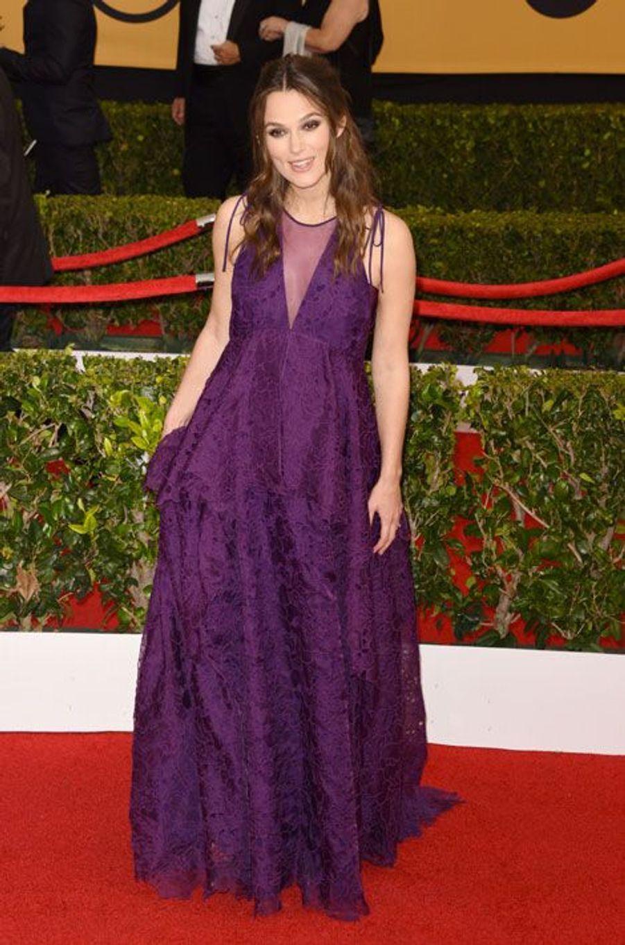 L'actrice Keira Knightley en Erdem lors de la cérémonie des Screen Actors Awards à Los Angeles, le 25 janvier 2015