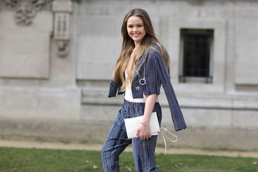 Kristina Bazan à la Fashion Week de Paris